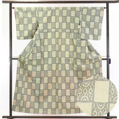 リサイクル着物 紬 正絹薄黄色地市松模様袷紬着物