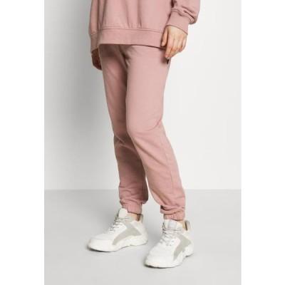 ミスガイデッド レディース ファッション Tracksuit bottoms - rose pink