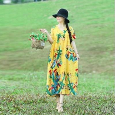 夏服のゆったりする色柄のワンピース CZJB592