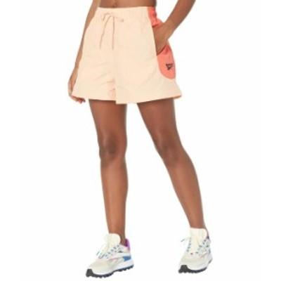 リーボック レディース ハーフパンツ・ショーツ ボトムス Classics Shorts Aura Orange