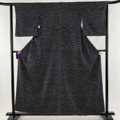 小紋 美品 秀品 菱 黒 身丈159cm 裄丈63.5cm S 正絹 中古