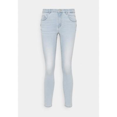 オンリー プティ デニムパンツ レディース ボトムス ONLDAISY LIFE PUSH UP  - Jeans Skinny Fit - light blue denim