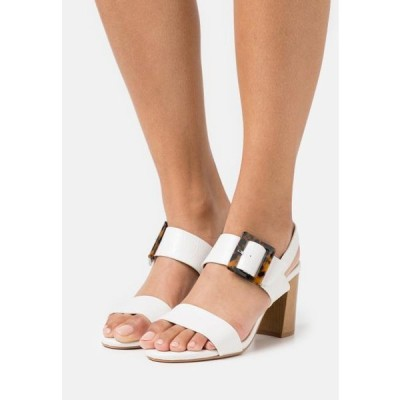 ディヴァインファクトリー レディース 靴 シューズ Sandals - blanc