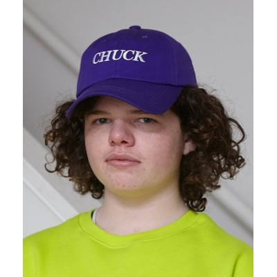 KONVINI / 【CHUCK】セリフ ロゴ ベースボール キャップ WOMEN 帽子 > キャップ