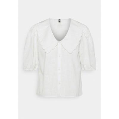 ピーシーズ シャツ レディース トップス PCTAE 2/4 SHIRT - Shirt dress - cloud dancer