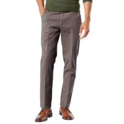 ドッカーズ メンズ カジュアルパンツ ボトムス  Slim Tapered Fit Workday Khaki Smart 360 Flex Pants STORM