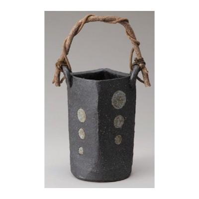 〔信楽焼 花器〕 黒釉丸紋つる付花入