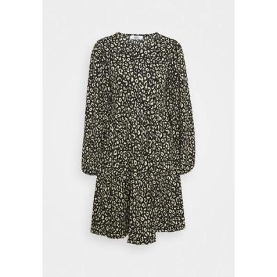 オンリー ワンピース レディース トップス ONLZILLE SHORT DRESS - Jersey dress - black