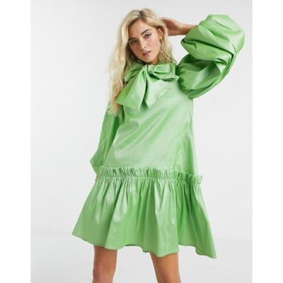 シスタージュン レディース ワンピース トップス Sister Jane oversized mini smock dress with volume sleeves and bow in luxe satin
