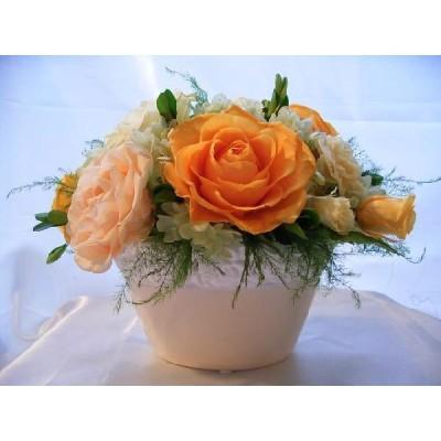 ビタミンカラーのバラのアレンジプリザーブドフラワー