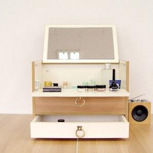 桌上型多功能收納化妝台