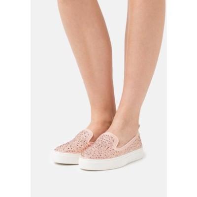 レディース 靴 シューズ WIDE FIT ALBIE - Trainers - pink