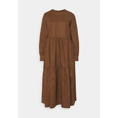 マルコポーロ デニム ワンピース レディース トップス DRESS PUFF LONG SLEEVE - Maxi dress - dark cocoa