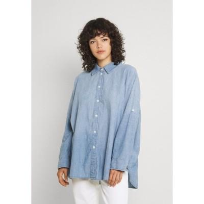 アメリカンイーグル シャツ レディース トップス CORE OVERSIZED TAB SHIRT  - Button-down blouse - chambray blue