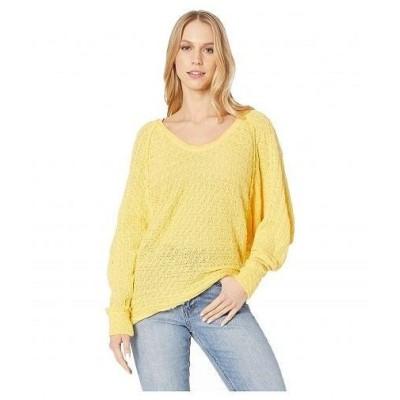 Free People フリーピープル レディース 女性用 ファッション セーター Thien's Hacci T-Shirt - Yellow