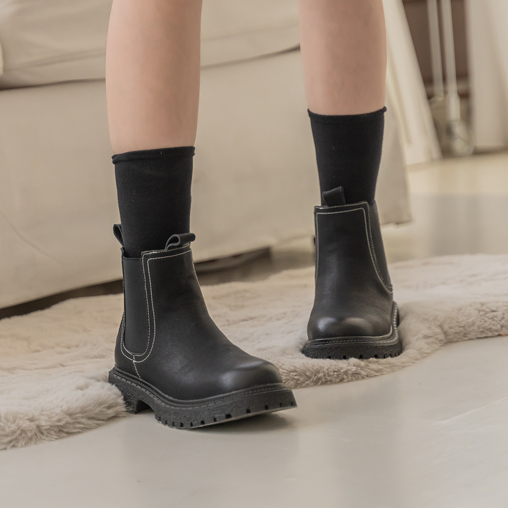 2.Maa 初秋復古·磨砂皮切爾西踝靴 - 黑