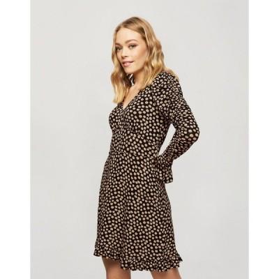 ミスセルフリッジ ミディドレス レディース Miss Selfridge fit and flare mini dress in beige polka dot エイソス ASOS ブラック 黒