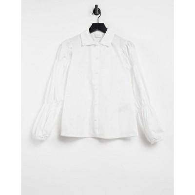 ヴィラ レディース シャツ トップス Vila shirred sleeve shirt in white