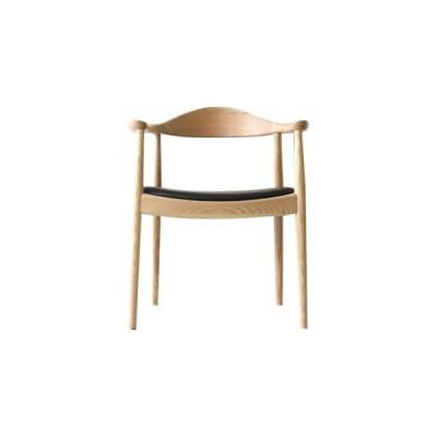 《世界で最も美しい椅子といわれるThe Chair。H・J・ウェグナーの代表作》ハンス・J・ウェグナー  The Chairザ・チェアDC-604-Cクリア