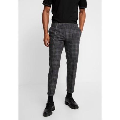 シェルビー アンド サンズ カジュアルパンツ メンズ ボトムス SALTLEY TURN UP  - Trousers - grey