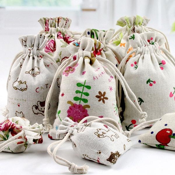 【BlueCat】動植物 水果 奶瓶 帆船系列 棉麻 束口袋 (13*18cm) 旅行收納 小物收納 收納袋 拉繩袋