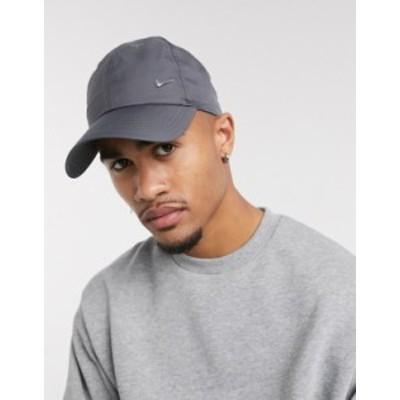 ナイキ メンズ 帽子 アクセサリー Nike metal swoosh cap in gray Grey