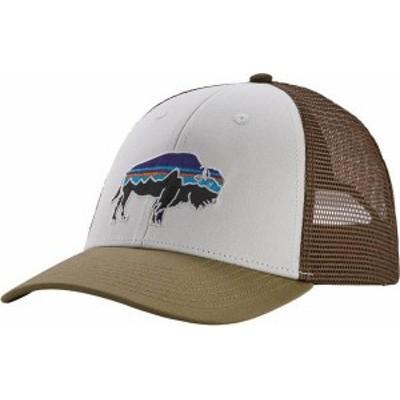 パタゴニア メンズ 帽子 アクセサリー Patagonia Men's Fitz Roy Bison LoPro Trucker Hat White/Sage Khaki