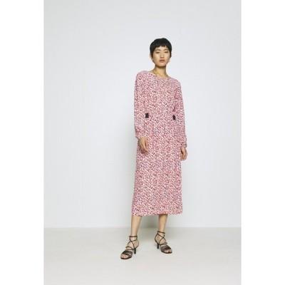 カンマ カジュアル アイデンティティー ワンピース レディース トップス Day dress - red