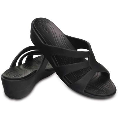 [クロックス公式] ウェッジソール サンラ ストラッピー ウェッジ ウィメン レディース、ウィメンズ、女性用 ブラック/黒 22cm,23cm,25cm Women's Sanrah Strappy Wedge 30%OFF セール アウトレット