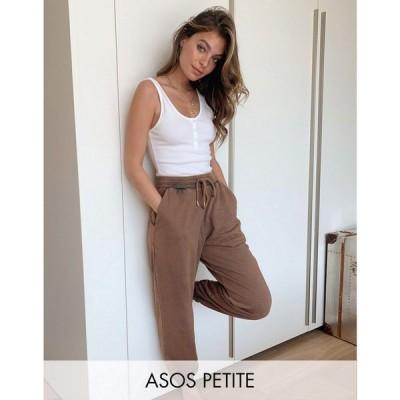 エイソス ASOS Petite レディース ジョガーパンツ ボトムス・パンツ ASOS DESIGN Petite oversized jogger in acid wash in brown ブラウン