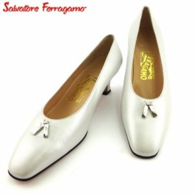サルヴァトーレ フェラガモ パンプス シューズ 靴 レディース ♯7ハーフD スクエアトゥ ロゴプレート ホワイト 白 シルバー Salvatore Fe