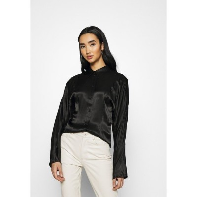 ウィークデイ シャツ レディース トップス BENEDICTE BLOUSE - Button-down blouse - black