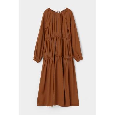 マウジー moussy GATHER TIERED FLARE DRESS (ブラウン)