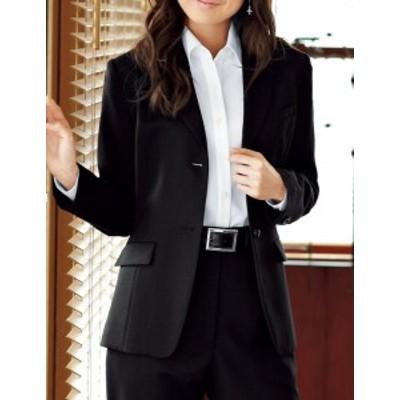 黒を基調とした上品コーデでほど良い甘さに 【ジャケット】 黒 事務服