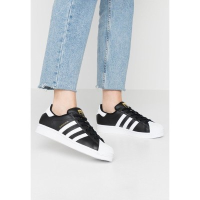 アディダスオリジナルス スニーカー レディース シューズ SUPERSTAR  - Trainers - core black/footwear white