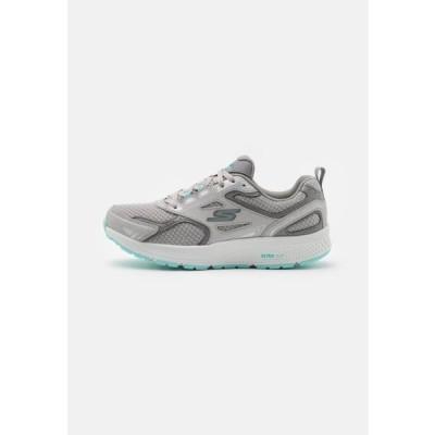 スケッチャーズ レディース スポーツ用品 GO RUN CONSISTENT - Neutral running shoes - gray/turquoise