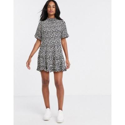 ミスセルフフリッジ レディース ワンピース トップス Miss Selfridge high neck mini tea dress in daisy floral print Black