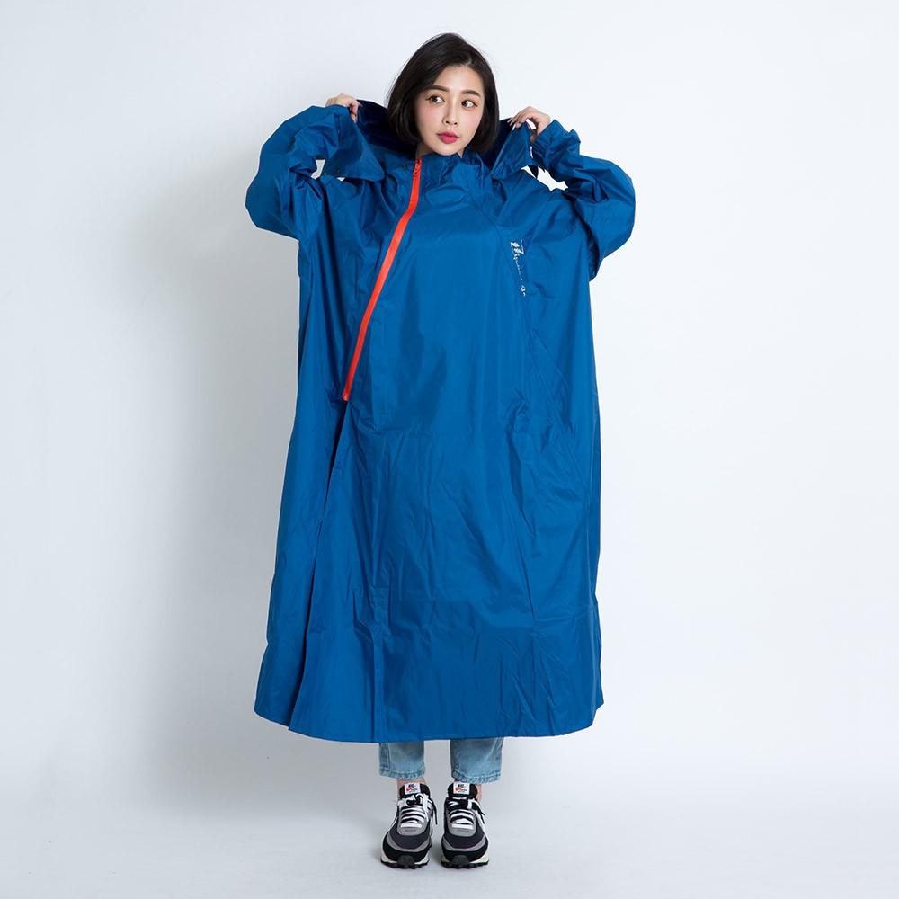 Outperform 去去雨水走斜開雙拉鍊專利連身式 深海藍 專利雙拉鍊 斜開拉鍊 一件式雨衣 連身式雨衣《比帽王》
