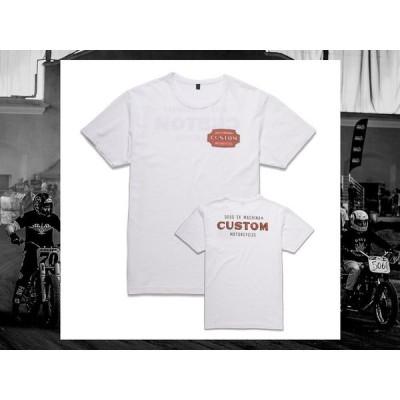 セール30%オフ!  Deus Ex Machina デウスエクスマキナ DMP71468B  BADGE TEE T-SHIRT Tシャツ 半袖  ホワイト