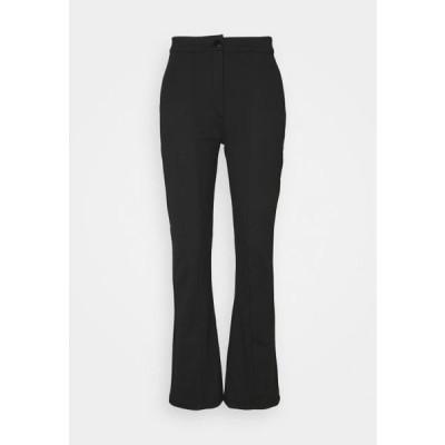 レディース ファッション KICKFLARE BITTON UP TROUSER - Trousers - black