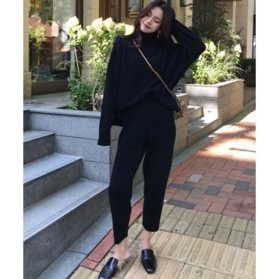 アンサンブル ハイネック バックV裾 ざっくりセーター + テーパードパンツ ニットセットアップ