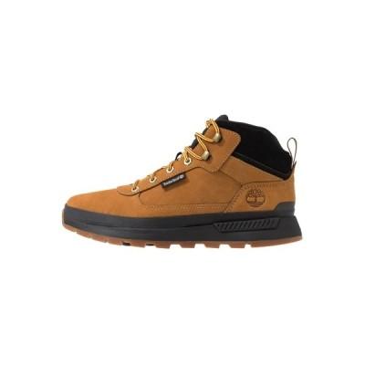 ティンバーランド ブーツ&レインブーツ メンズ シューズ FIELD TREKKER MID - Lace-up ankle boots - wheat/black
