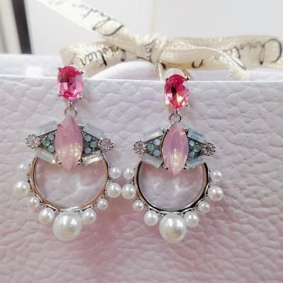 限定品セール461501ピアス、パールピアス、マルチカラージルコニアピアス、クリスタル水晶優し煌めき精細なので華美になりすぎずエレガントさを印象つけます