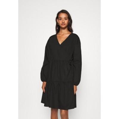 ノイジーメイ レディース ワンピース トップス NMPINAR WRAP POPLIN DRESS - Day dress - black black