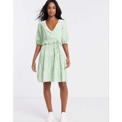 ストラディバリウス レディース ワンピース トップス Stradivarius mini dress with puff sleeves in green floral print Green