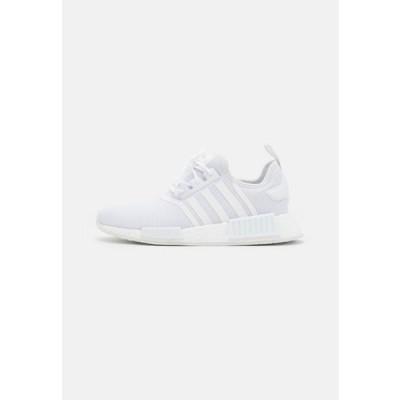 アディダス メンズ 靴 シューズ NMD_R1 PRIMEBLUE UNISEX - Trainers - footwear white
