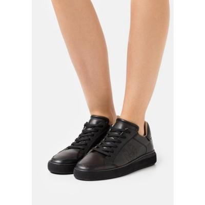 ベルスタッフ レディース 靴 シューズ TRACK - Trainers - black