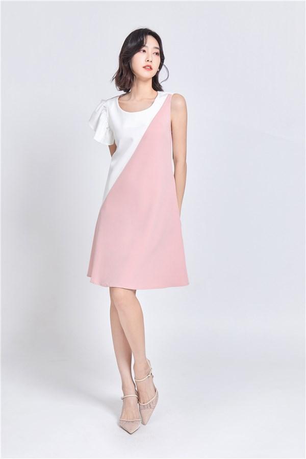 粉紅佳人拼接洋裝
