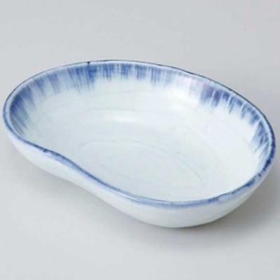 和食器 小鉢 小付/ 呉須刷毛まゆ型鉢 /珍味鉢 陶器 業務用 家庭用 Small sized Bowl