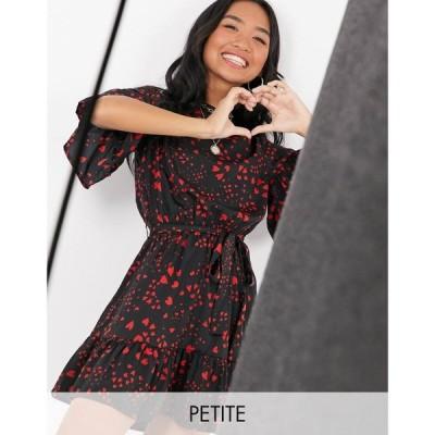 インフルエンス Influence Petite レディース ワンピース ワンピース・ドレス tie waist flippy hem mini dress in heart print ブラック/レッド